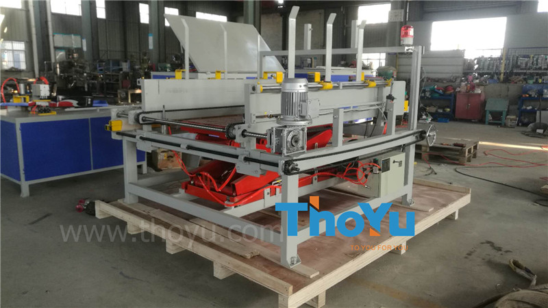 automatic pallet stacking machine