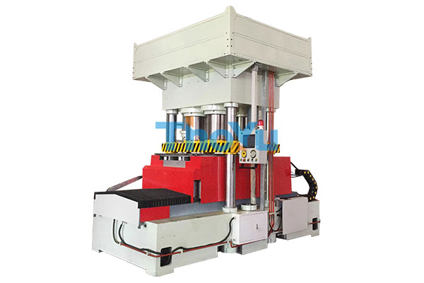Double Moulds Presswood Pallet Machine