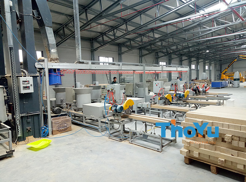 Automatic pressed pallet block production line