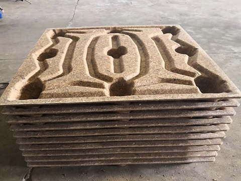 Production of wooden pallets from waste wood